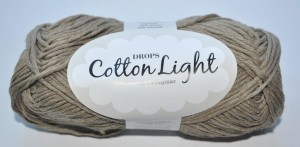 DROPS Cotton Light - 22 brown