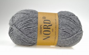 DROPS Nord - 05 grey - szary
