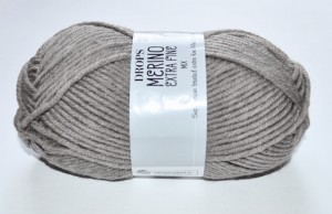 DROPS Merino Extra Fine - 07 light brown