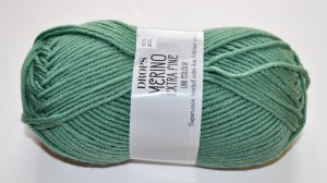 DROPS Merino Extra Fine - 31 forest green